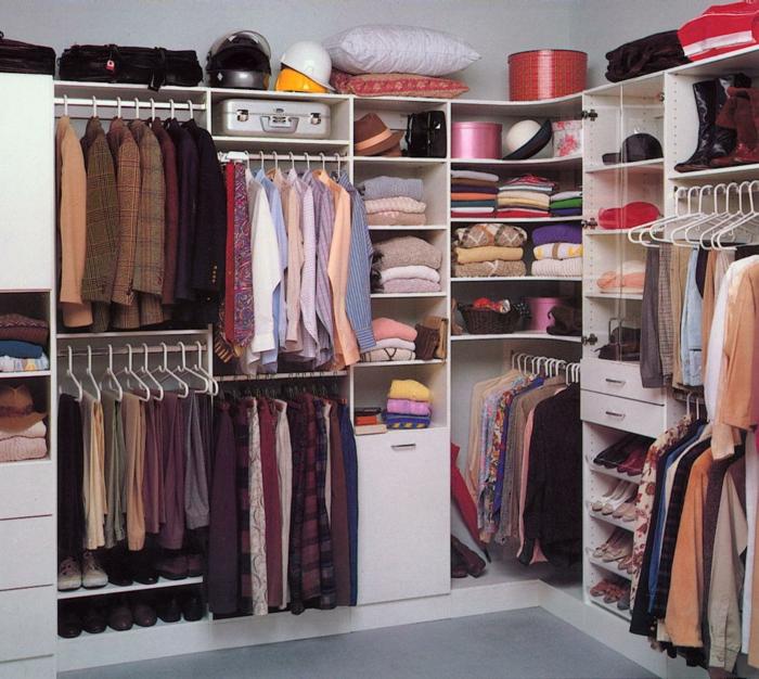 Fein Perfekte Aufteilung Kleiderschrank Zeitgenössisch - Die besten ...