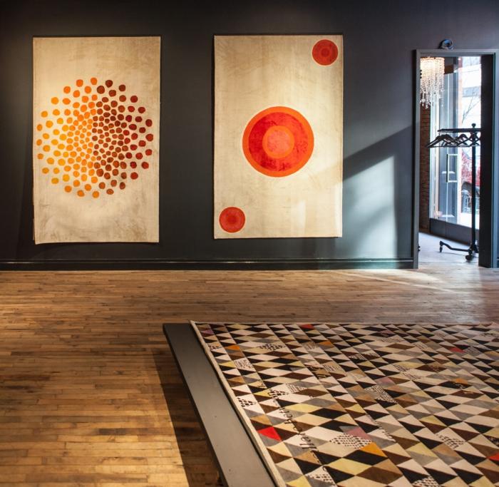 Wandteppich muster pünktchen Sabine de Gunzburg atelier ausstellung