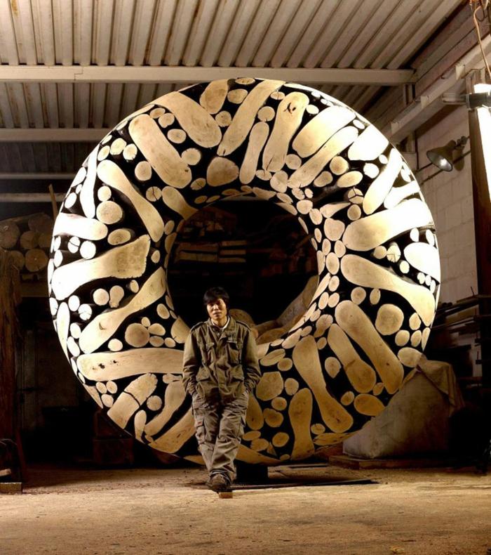 Zeitgenössische Kunst holz skulpturen sued korea portait