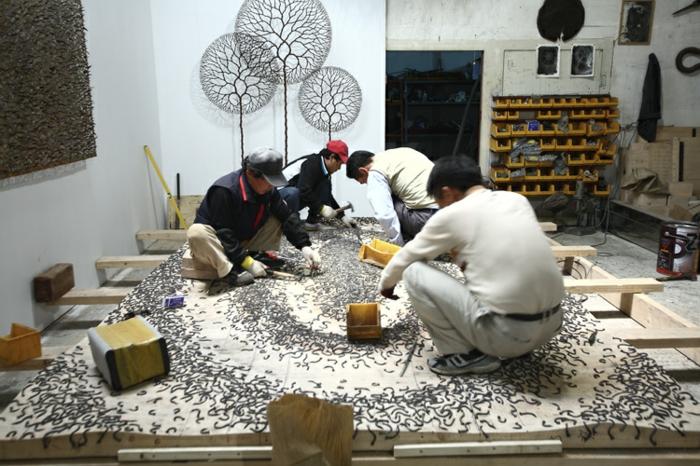 Zeitgenössische Kunst studio des künstlers in arbeit