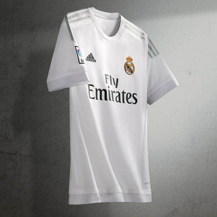adidas trikotsatz 20152016 fußballtrikots real madrid weiß