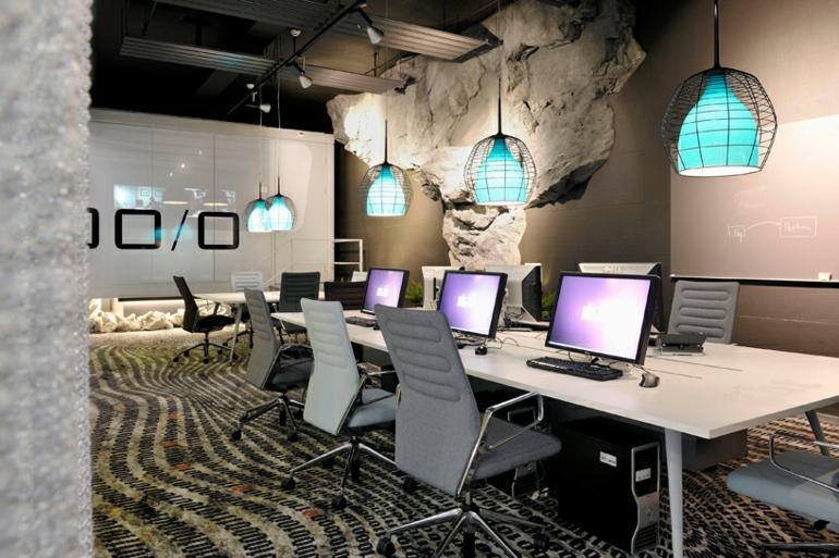 Stress am arbeitsplatz mit b roeinrichtung wie dieser for Google office interior designs pictures