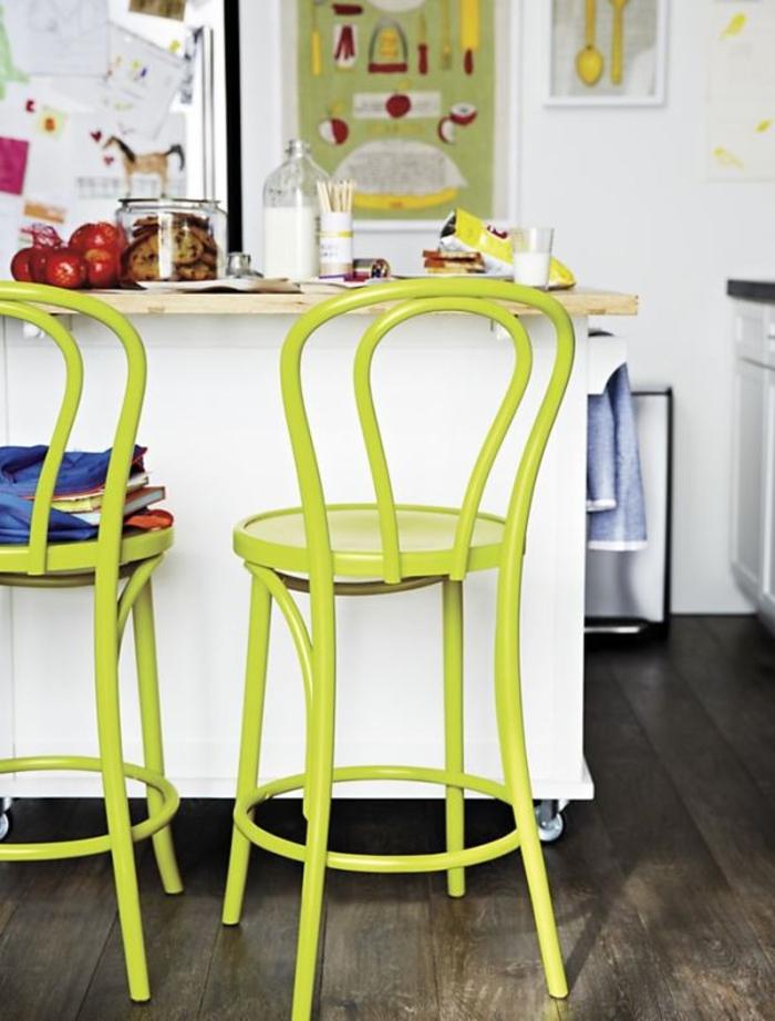 barhocker küche grün weiße kücheninsel küche einrichten