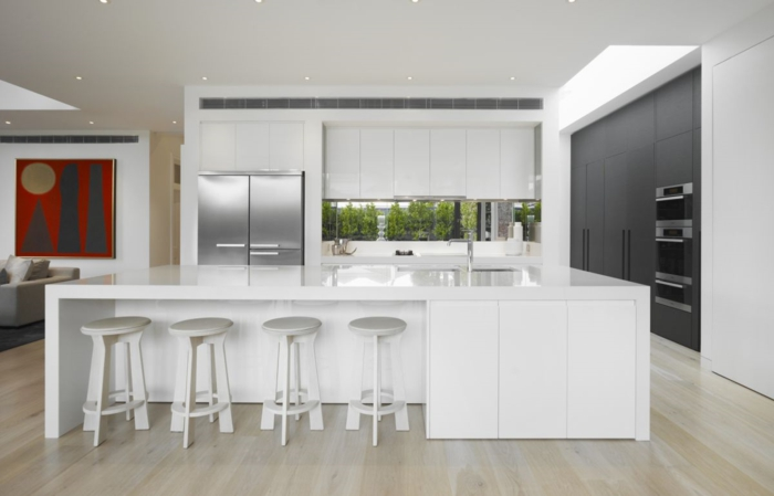 barhocker küche weiß minimalistische kücheninsel