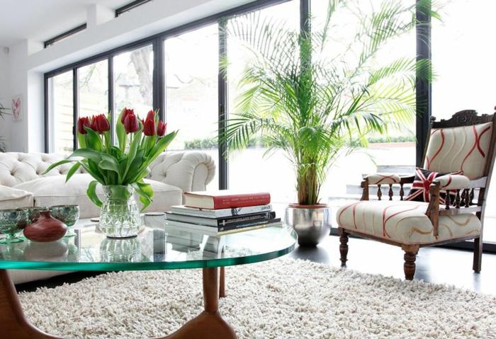 blumendeko ideen wohnzimmer dekoideen tulpen gläserner couchtisch