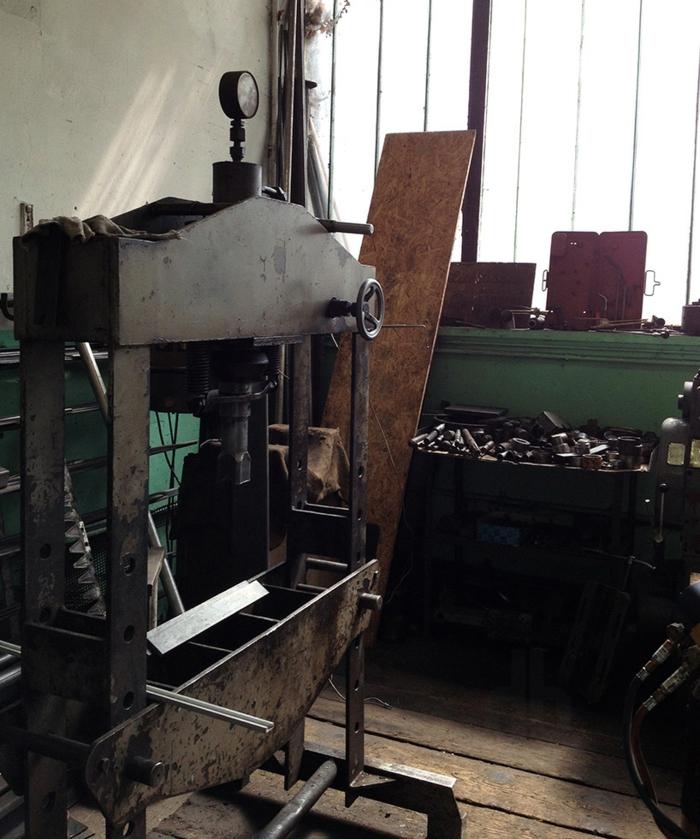 designer beistelltisch R35 Kollektion Bonpart atelier wien