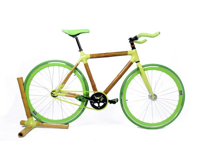 designer fahrräder mit nachhaltigem design bambus und carbon bambusständer
