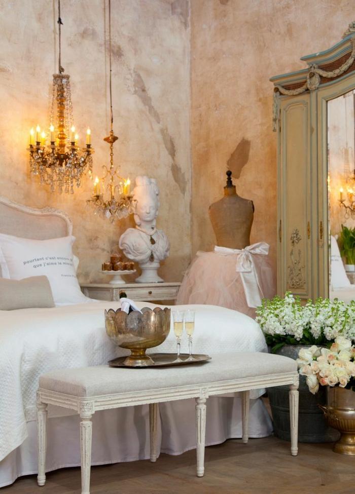 Französischer landhausstil schlafzimmer  Französische Landhausmöbel verleihen jedem Ambiente Charme und ...