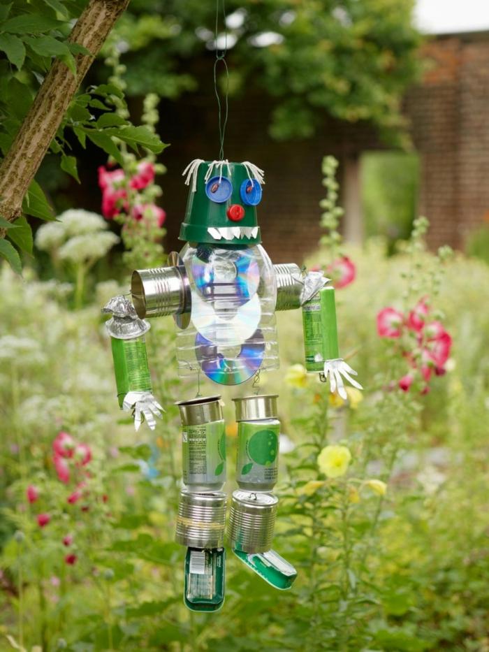 gartendekorationen robot DIY ideen garten