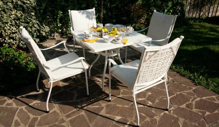gartenstühle alu gartenmöbel set alu tisch rund stühle auflage weiß