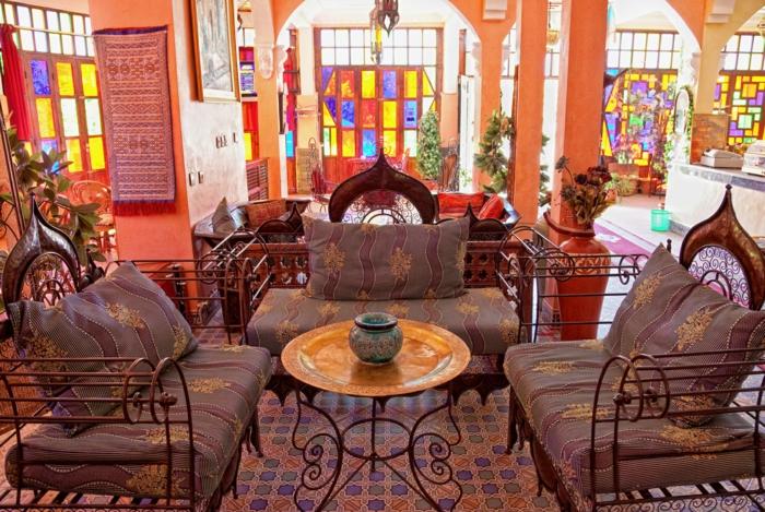 hauseinrichtung marokkanisches interieur schmiedeeisen bunte fenster