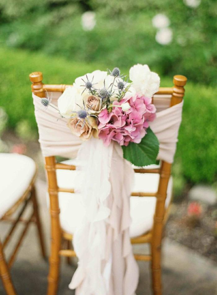 hochzeitsdeko trends stuhl hortensien rosen