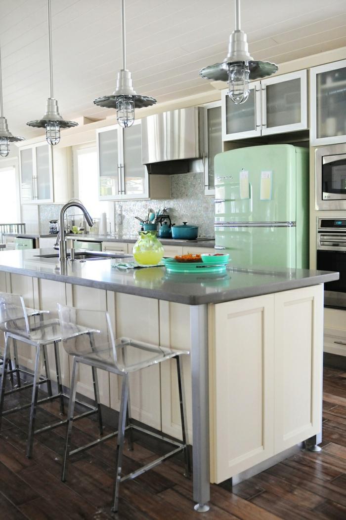 kücheneinrichtung hellgrüner retro kühlschrank kücheninsel