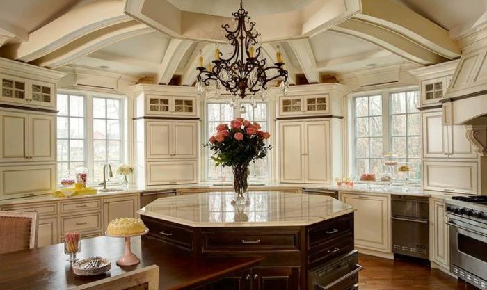 kücheninseln runde kücheninsel leuchter blumen