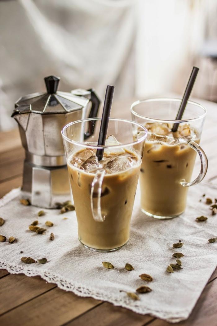kaffee kalorien eiskaffee eiswürfel kardamom