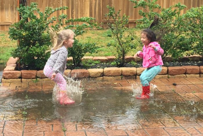 langeweile was tun kinder draußen spiele regen