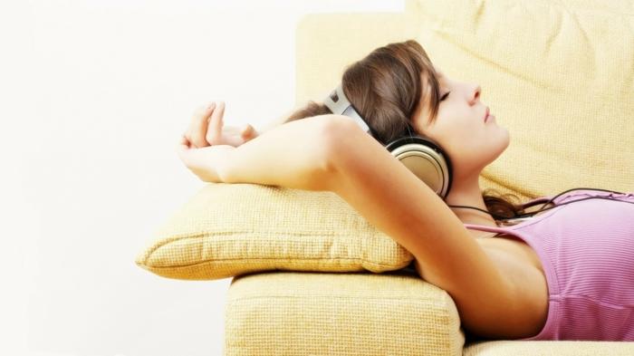 langeweile was tun musik hören entspannen
