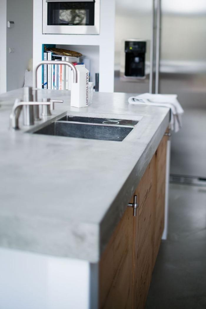 moderne küche mit kochinsel küchengestaltung beton arbeitsplatte