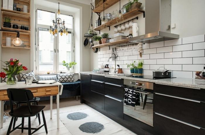 moderne küche mit kochinsel weiße wandfliesen offene küchenregale
