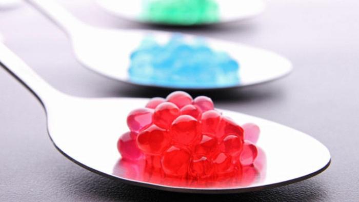 molekulare Küche rote flüssigkeit