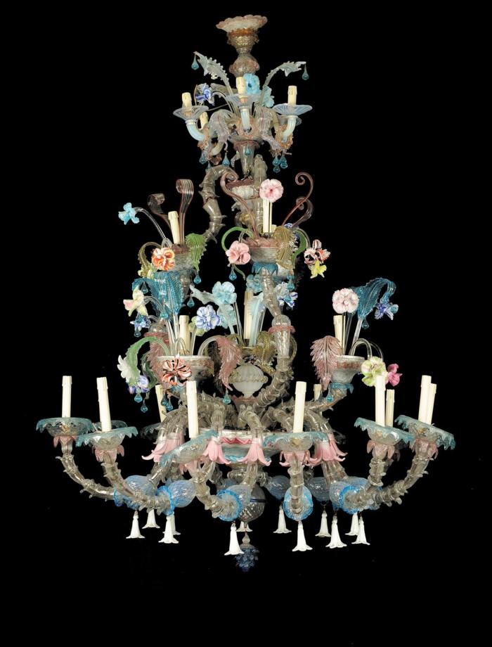 murano glas traditioneller kronleuchter venedig