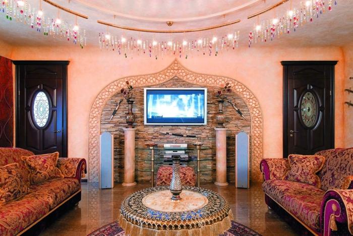 orientteppiche ethnomuster rund kunsstücke florale muster sofas