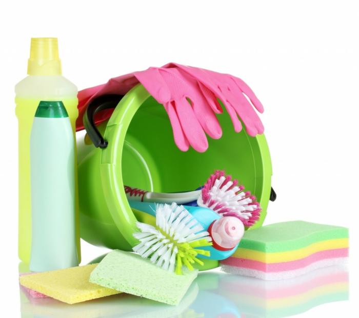 outdoor stoffe richtig reinigen reinigungsmittel schwamm tuch