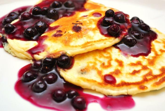 pfannkuchen rezept gebraten blaubeerkonfitüre