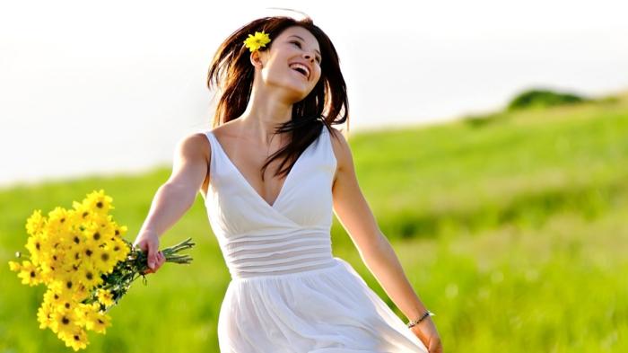 positiv denken lernen glücklich sein den moment genießen