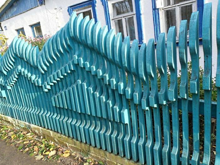 rankgitter gartenzaun holz blaugestrichen
