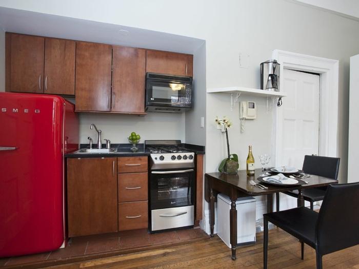 retro kühlschrank rotes design kleine küche einrichten