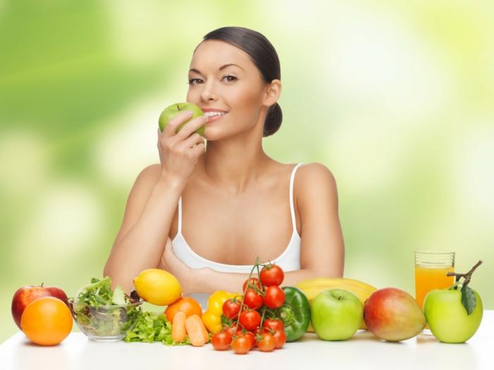 schöne haut gesunde ernährung obst gemüse säfte