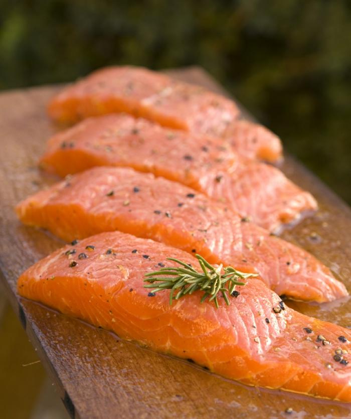 schöne haut gesundes essen fisch lachs