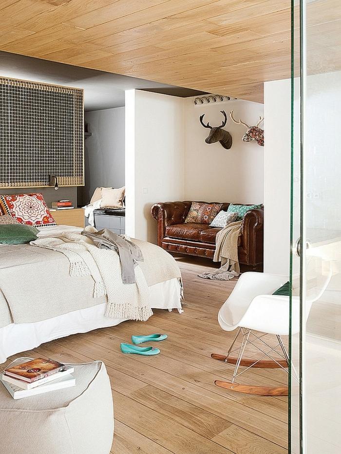 schaukelstühle designs schlafzimmer gestalten ledersofa holzboden