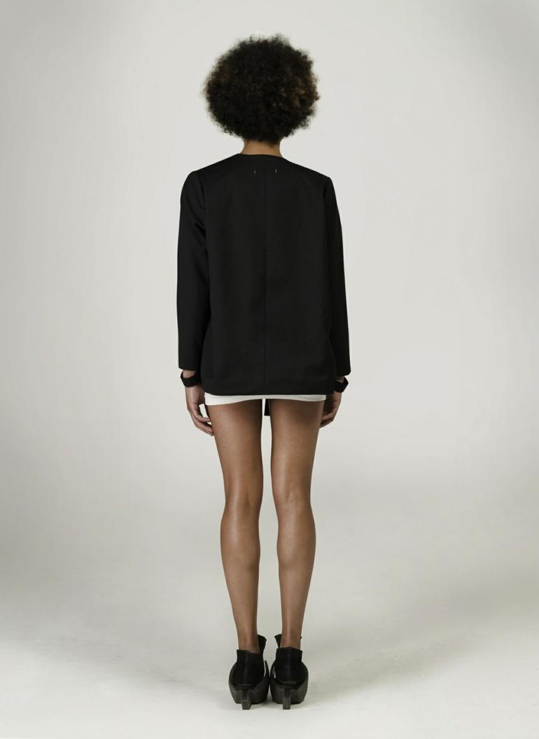 schuhe selbst designen Iga Węglińska designer kleider blazer rücken