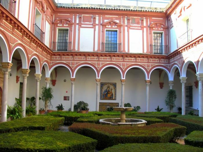 spanien sehenswürdigkeiten museo de bellas artes sevilla innenhof