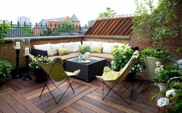 terrasse-gestalten-ideen-außenmöbel-coole-stühle-holzboden