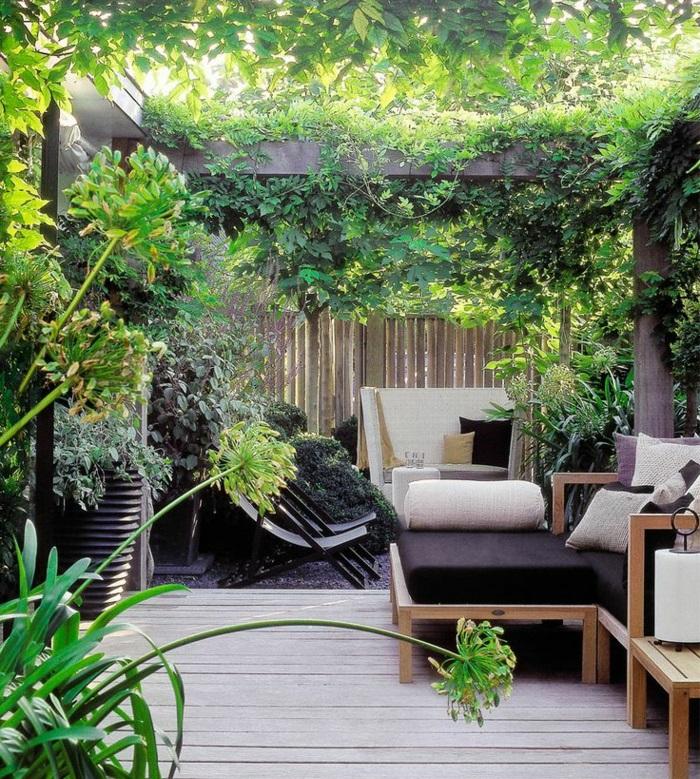 terrassenbepflanzung gartenmöbel und balkonpflanzen grüne terrassengestaltung ideen