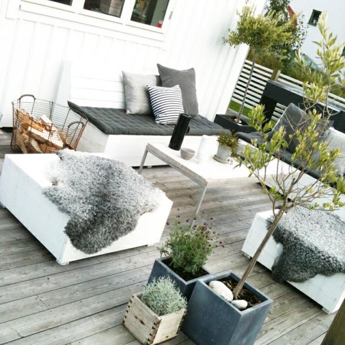 terrassenbepflanzung möbel und balkonpflanzen terrassengestaltung ideen