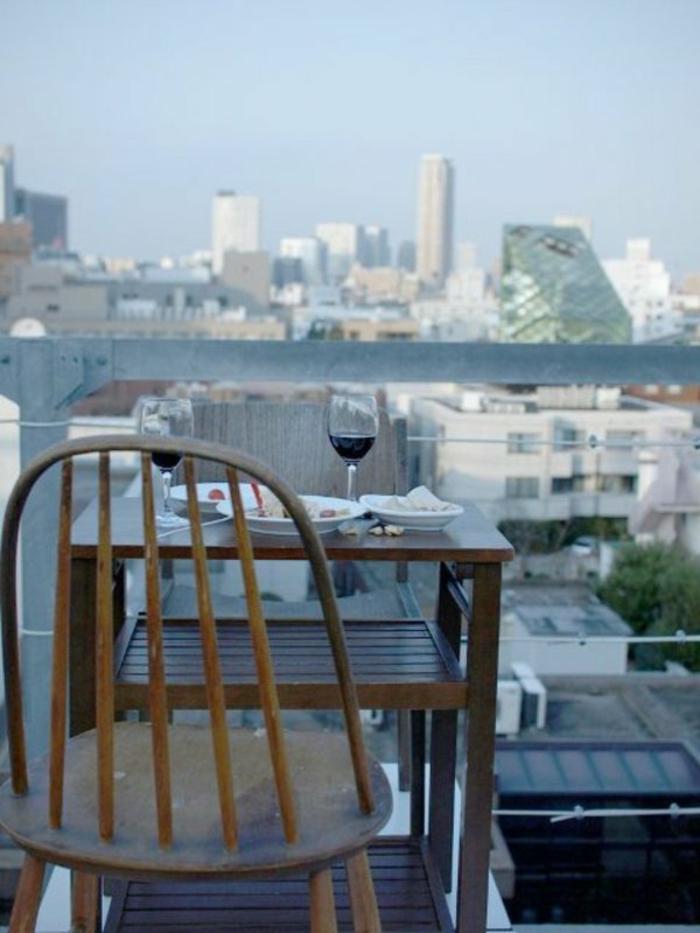 terrassen ideen privates cafe zu hause kaffeetisch holz stadtwohnung aussicht