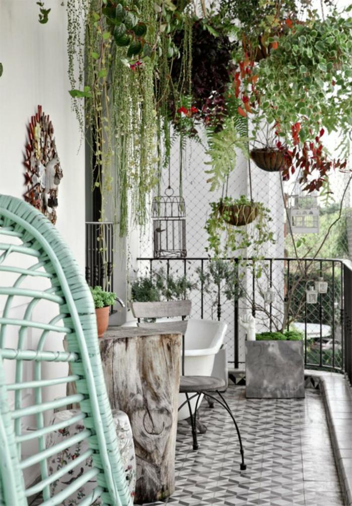 terrassen ideen topfpflanzen hängepflanzen balkonpflanzen balkonmöbel