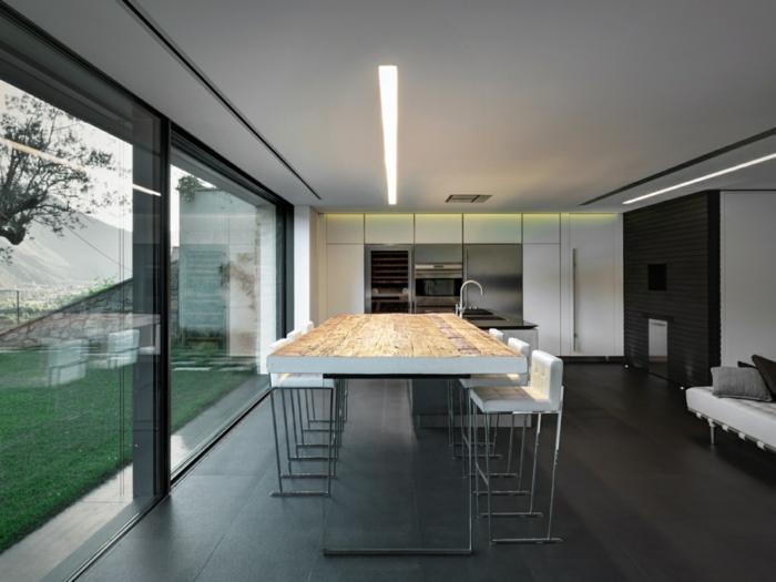 traumhaus moderne küche robuster esstisch