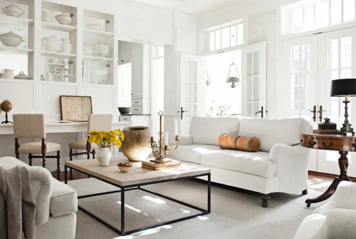 wohnzimmereinrichtung ideen weißes sofa couchtisch tischdeko