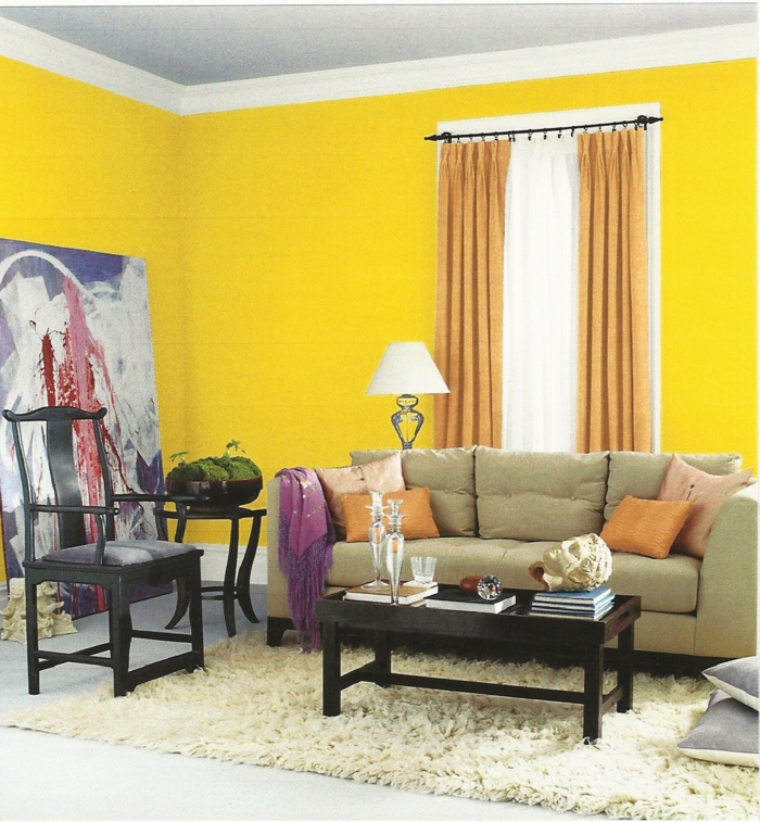 wohnzimmergestaltung gelbe wandgestaltung teppich