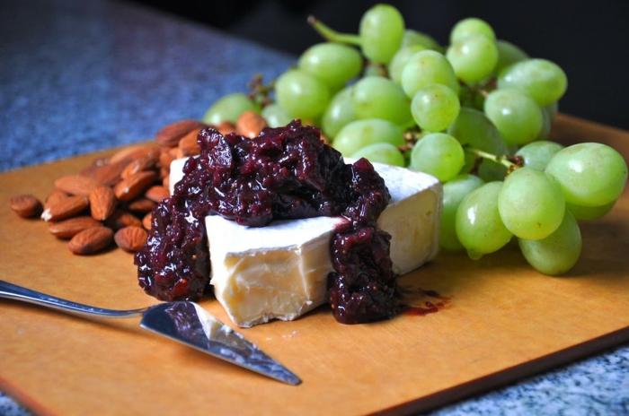 Feigen Chutney camembert