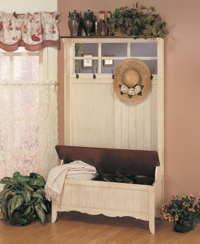 Garden furniture application outside the summer season