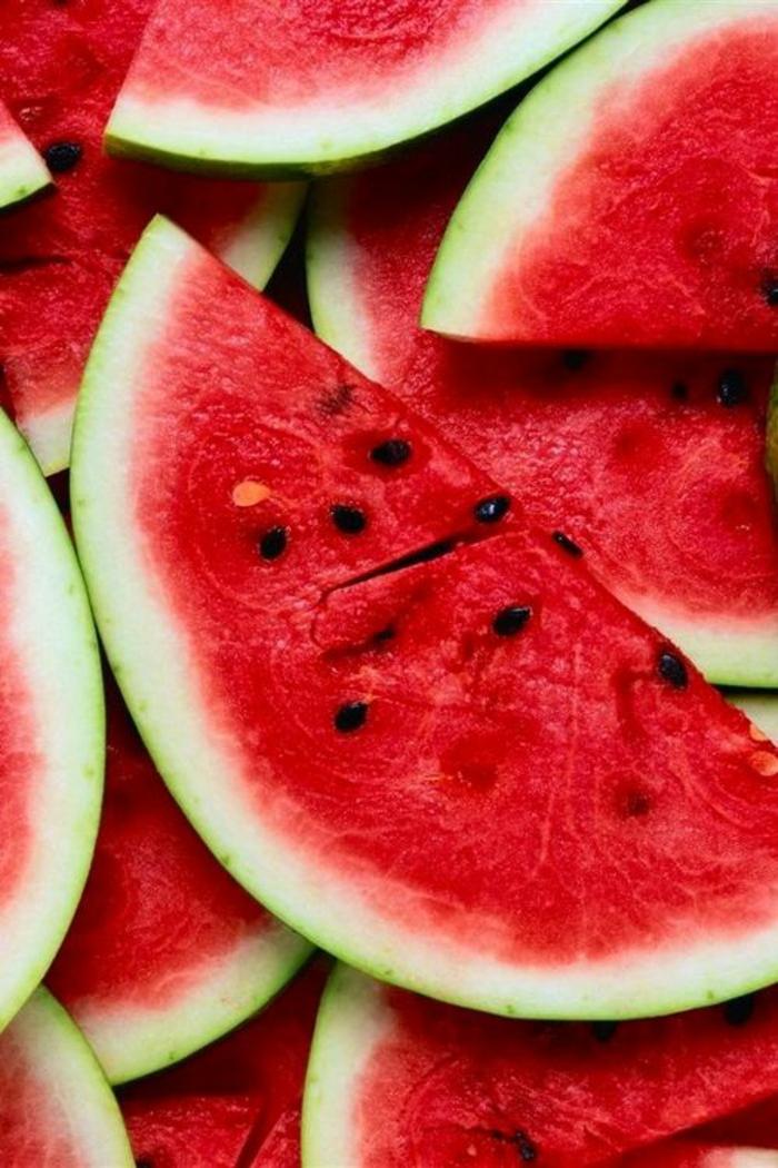 Gesunde Ernährung für Kinder obst wassermelone