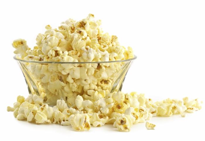 Gesunde Ernährung für Kinder popcorn