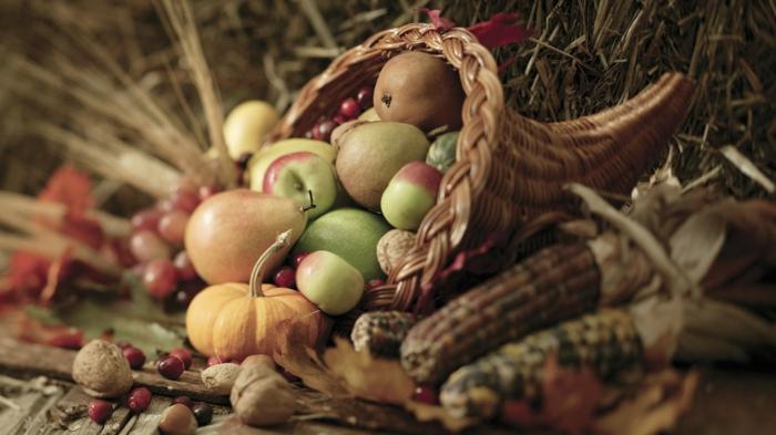Heidnische Götter und das Erntedankfest äpfeln