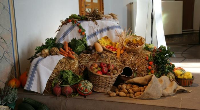 Heidnische Götter und das Erntedankfest rüben